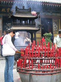 worshippers at the wild goose pagoda